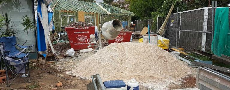 Construction skip bin