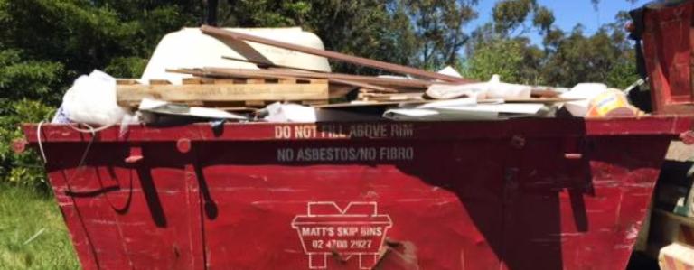 Overfilled skip bin