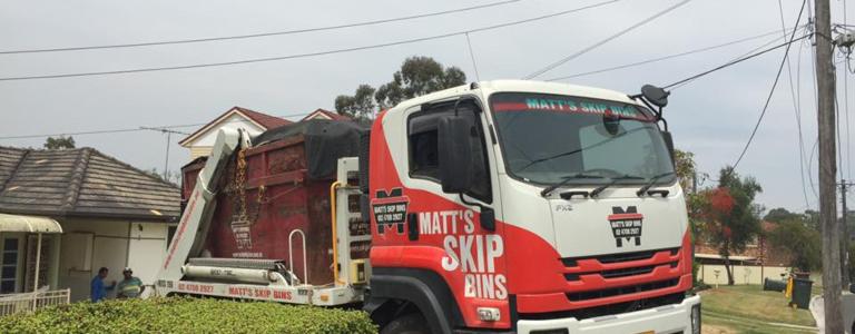 Skip bin delivery power lines