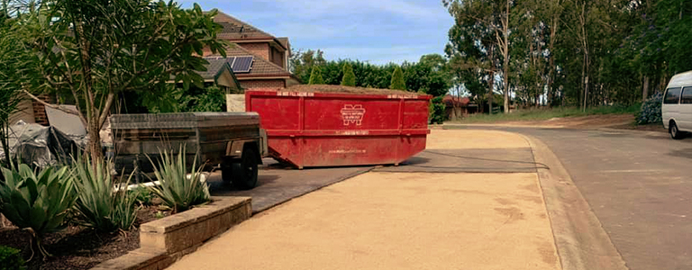 Keep the area around your skip clear